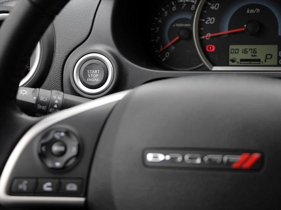 4a72a2e9b49b0 ... Attitude. El nombre apareció por primera vez en el 2006, pero aquel  auto era lo que ahora conocemos como Hyundai Accent y no tenía  absolutamente nada ...